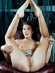 Skinny Kira demonstrating her smooth holes