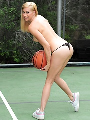 Layla Reed plays some ball and gets warmed up to masturbate
