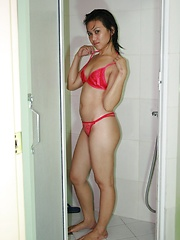 Young Ruchi is showing everything while she is taking a shower