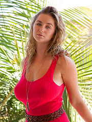 Cassie Becker Queen Venice