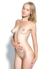 CASTING Rachel